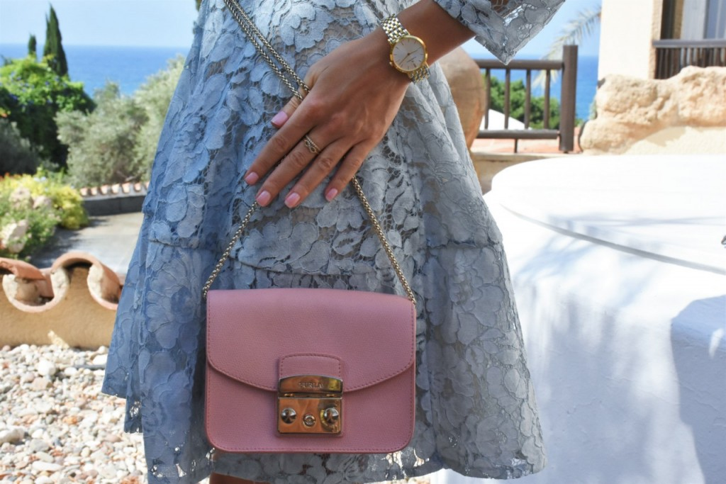 stylizacja-na-rocznice-slubu-ania-zajac-blog-moda-lifestyle-fashionable-blekitna-sukienka28