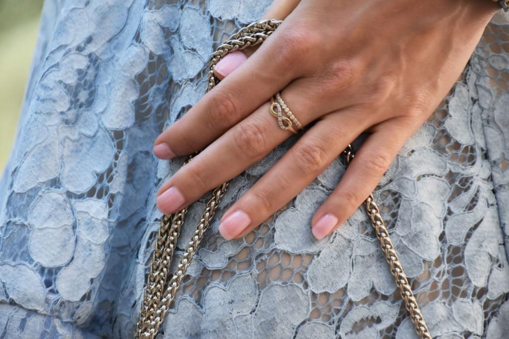 stylizacja-na-rocznice-slubu-ania-zajac-blog-moda-lifestyle-fashionable-blekitna-sukienka29