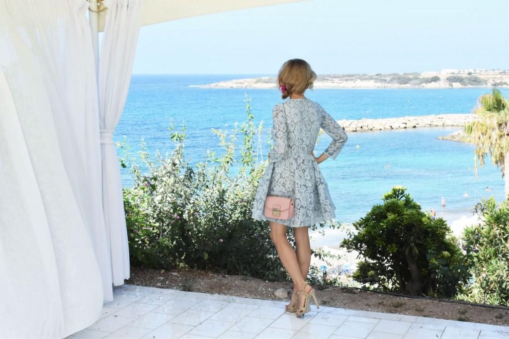 stylizacja-na-rocznice-slubu-ania-zajac-blog-moda-lifestyle-fashionable-blekitna-sukienka37