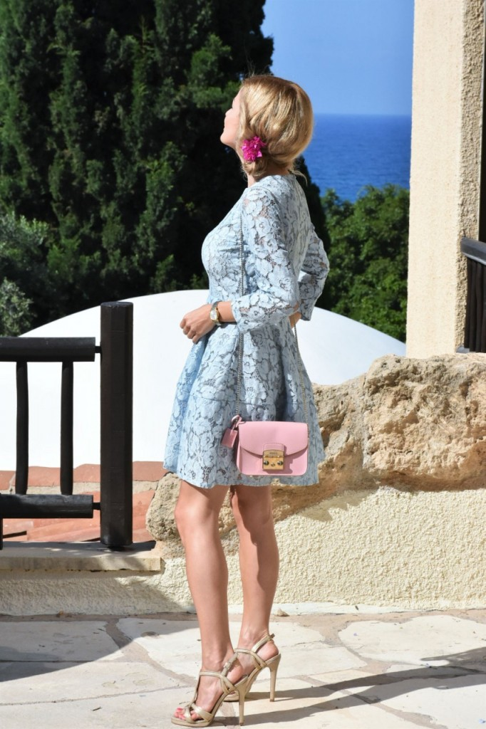 stylizacja-na-rocznice-slubu-ania-zajac-blog-moda-lifestyle-fashionable-blekitna-sukienka9