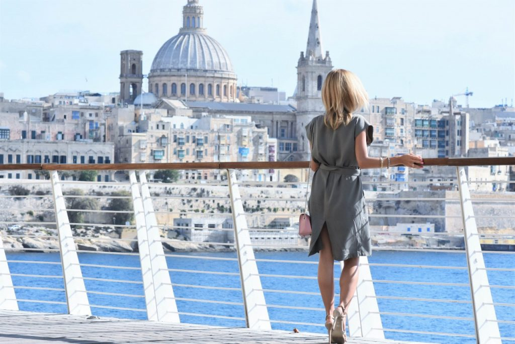 stylizacja-semilac-sukienka-khaki-i-rozowa-hybryda72jpg