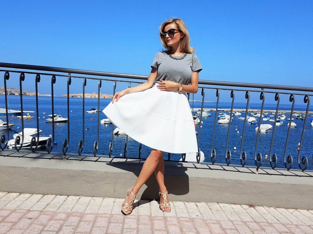 spodnica-biala-rozkloszowana-manifiq-blog-modowy-ania-zajac-fashionable14