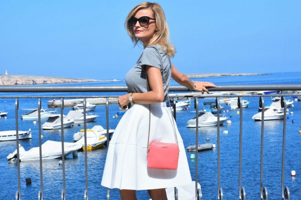 spodnica-biala-rozkloszowana-manifiq-blog-modowy-ania-zajac-fashionable37