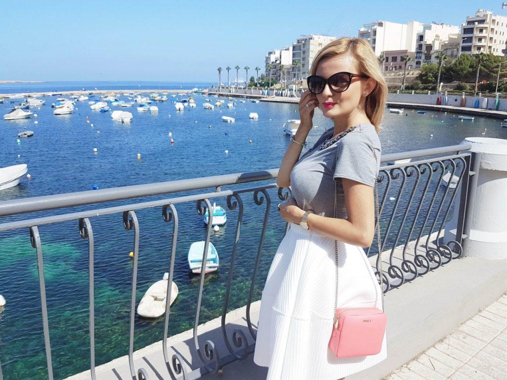 spodnica-biala-rozkloszowana-manifiq-blog-modowy-ania-zajac-fashionable6