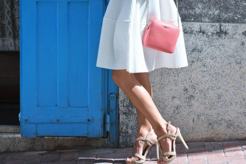 spodnica-biala-rozkloszowana-manifiq-blog-modowy-ania-zajac-fashionable67