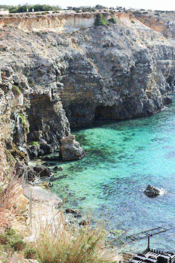 wioska-marynarza-popeye-malta-blog-podrozniczy-ania-i-jakub-zajac-fashionable39jpg