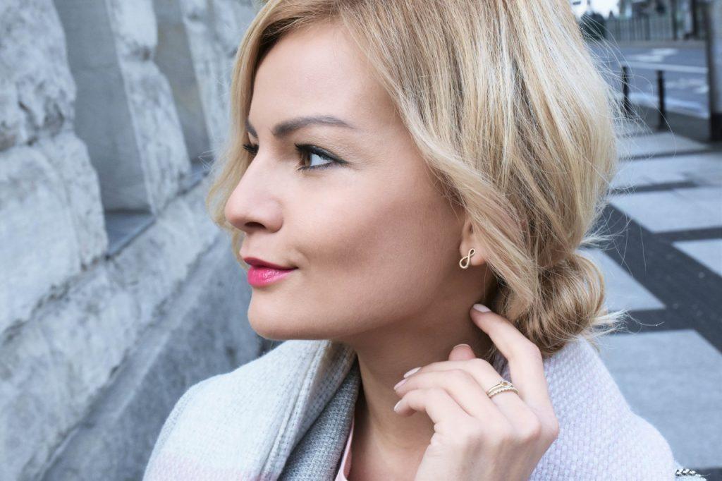 bluzka-pudrowy-roz-cos-i-torebka-furla-blog-moda-lifestyle-ania-zajac40