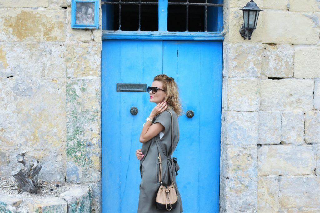 stylizacja-kamizelka-khaki-liu-jo-blog-modowy-lifestyle-malta10