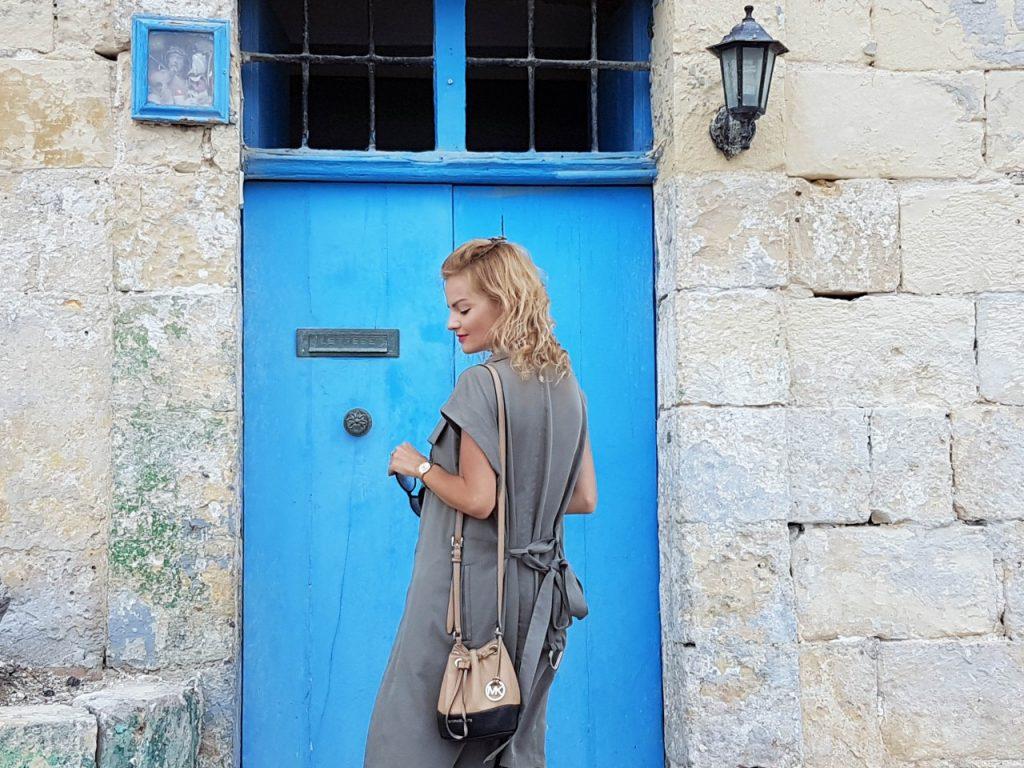 stylizacja-kamizelka-khaki-liu-jo-blog-modowy-lifestyle-malta29