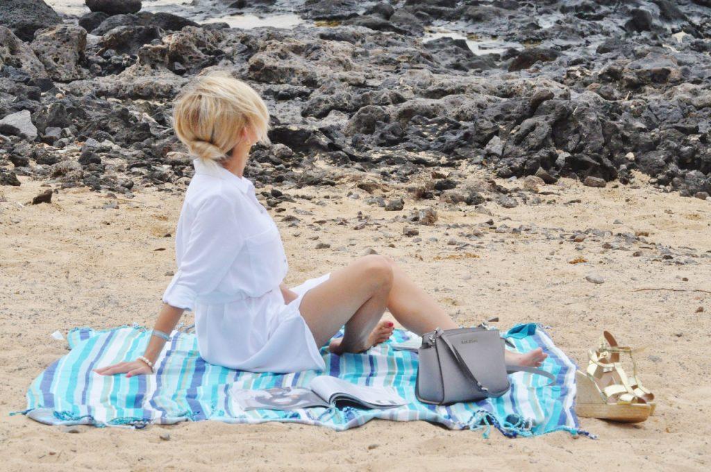 białe sukienka koszulowa femestage blog modowy stylizacje