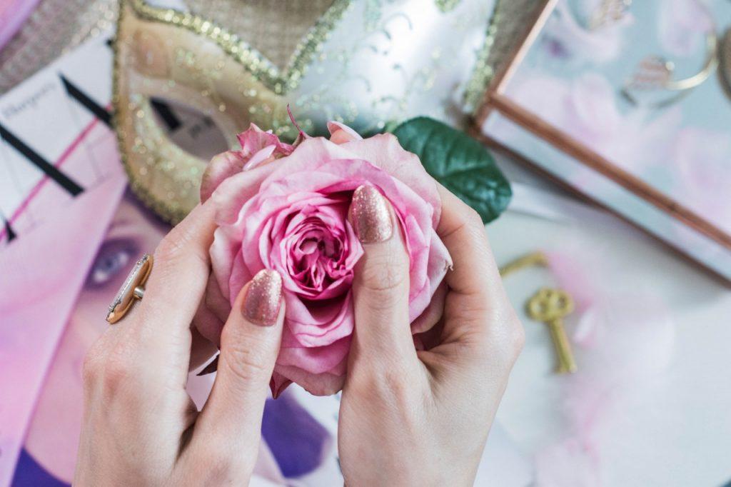 manicure pastele hybrydowy 3