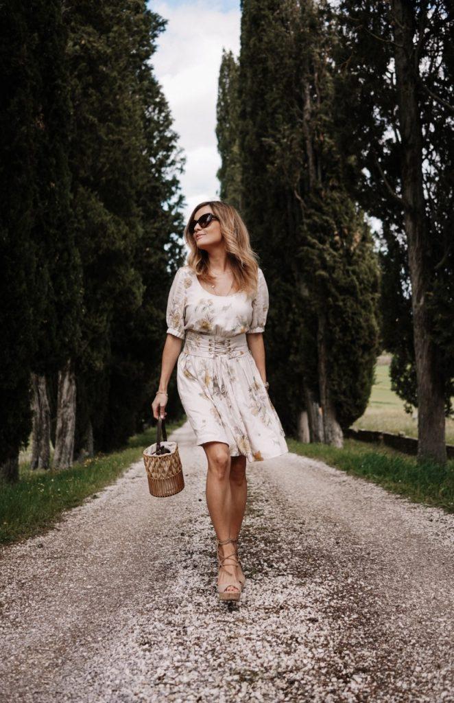 beowa sukienka w Toskanii (Niestandardowy)